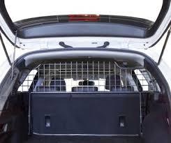 Waar een hondenrek auto voor dient